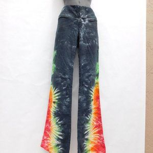 ALICE + OLIVIA BELL BUTTON TIE DYE SHIMMER PANTS